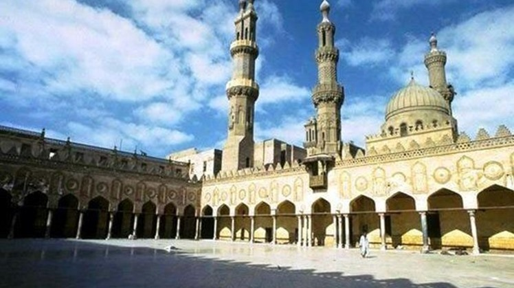 The European Union (EU)  praised on Tuesday a role played by Al-Azhar Observatory for Combating Extremism in confronting the extremist thoughts and revealing the reality of the terror groups.