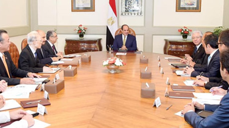 Egypt's Abdel Fatah al-Sisi held a meeting in Cairo on Tuesday with Ichiro Kashitani, the CEO of Toyota Tsusho company, who is currently visiting Egypt.
