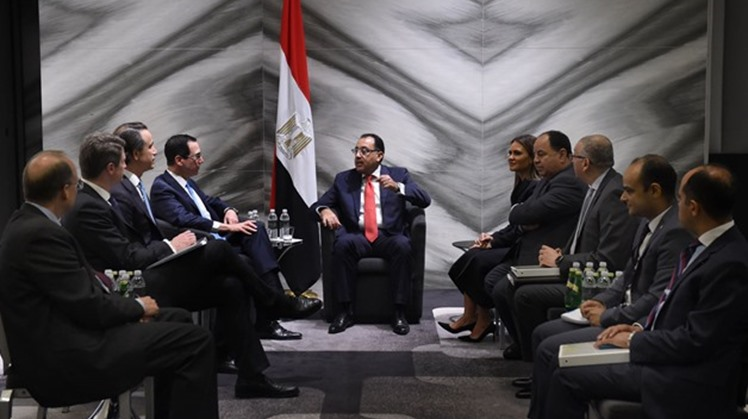 US Treasury Secretary Steven Mnuchin held a meeting on Wednesday with Egypt's Prime Minister Mostafa Madbouly in Washington, hailing growing cooperation between the US and Egypt, the Egyptian Cabinet said in a statement.