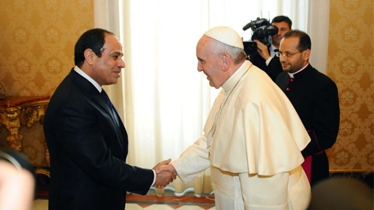 President Sisi meets with Pope Francis at the Apostolic Palace in Rome - Press photo