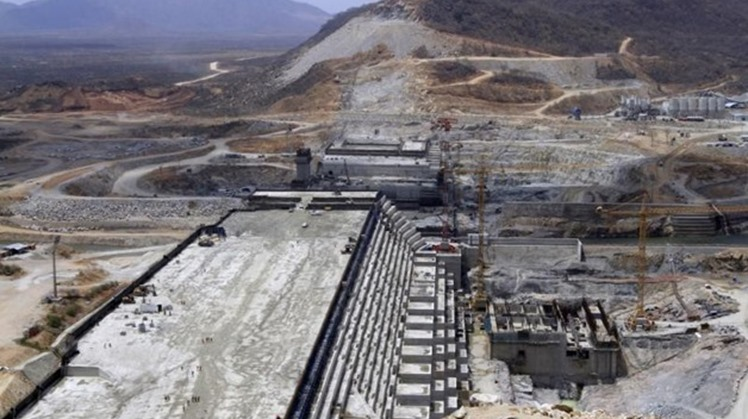 Foreign Minister Sameh Shoukry headed for Washington on Sunday to take part in the last round of the tripartite meetings grouping the foreign ministers of Egypt, Sudan and Ethiopia as regards the under-construction Renaissance Dam built by Ethiopia.