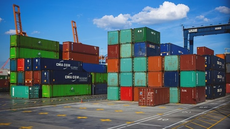 Egypt's non-oil exports recorded $25.49 billion during 2019, compared to $25.14 billion during 2018, recent data from the General Organization for Export and Import Control (GOEIC) revealed Monday.