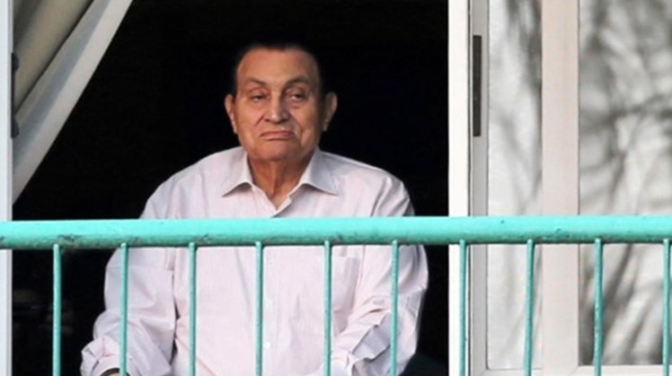 "Egypt's entities and activists have mourned former President Hosni Mubarak, Tuesday, describing his as one of Egypt's Armed forces loyal men ""who defended the country during October War, 1973""."