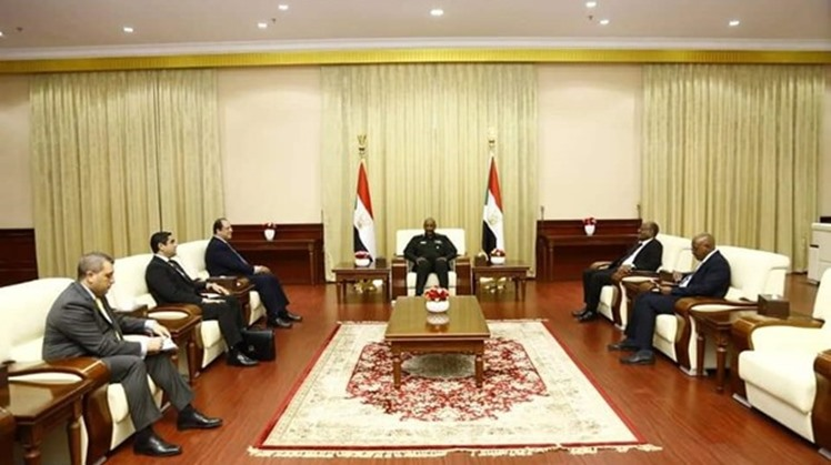 The head of the sovereignty council of Sudan, General Abdel Fatah al Burhan, and his deputy Mohamed Hamdan Dagalo, separately met on Monday the Egyptian chief of General Intelligence, Abbas Kamel, Sudan state media reported.
