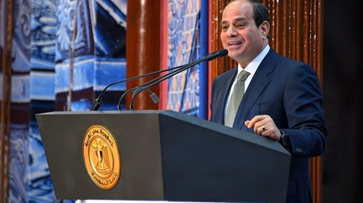 Egyptian President Abdel-Fattah El-Sisi and Indian Prime Minister Narendra Modi exchanged viewpoints on Tuesday on best practices to fight the spread of the coronavirus pandemic.