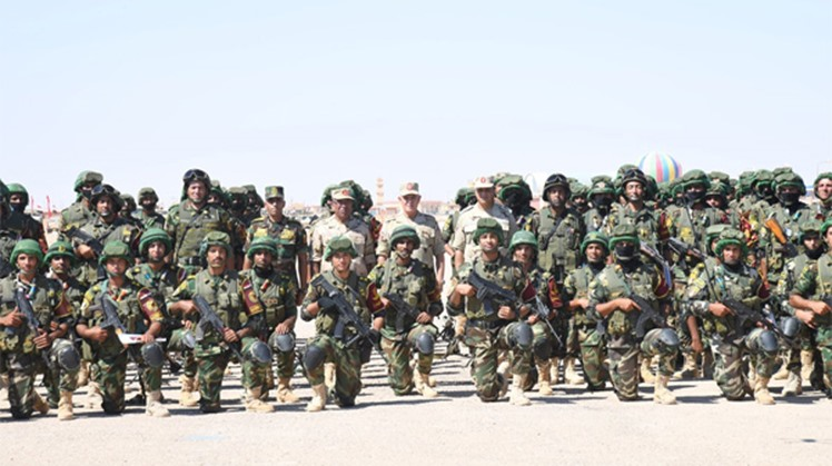 Egyptian Armed Forces Chief-of-Staff Lt. General Mohamed Farid inspected on Monday the combat readiness of the Armed Forces' in the western military region, a statement by the armed forces said.