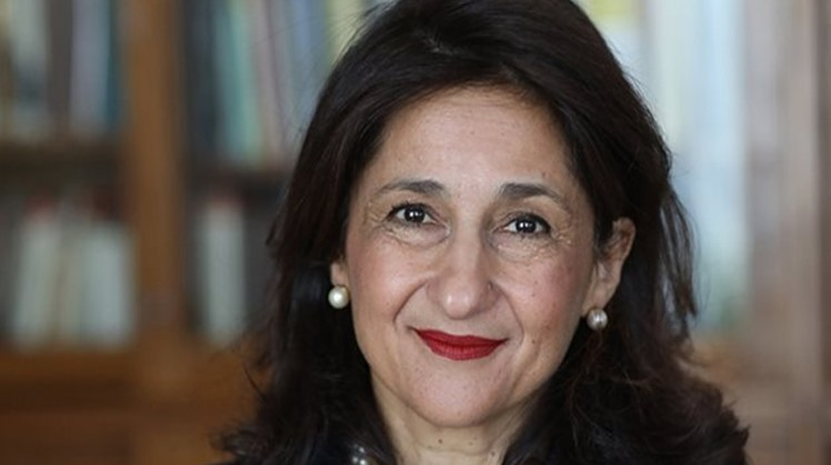 Egypt's Minister of Immigration and Egyptian Expats Affairs Nabila Makram congratulated Tuesday Dame Minouche Shafik, director of London School of Economics (LSE), on her appointment as Life Peer in the House of Lords.