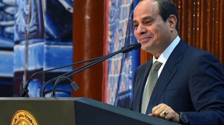 Egypt's President Abdel Fatah al-Sisi held a meeting Wednesday with ministers of agriculture and military production to discuss a number of projects pertinent to the agrarian sector and Sinai development.