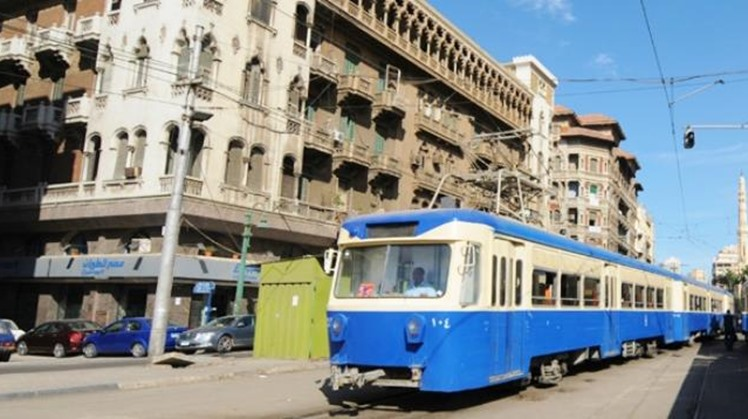 Egypt's Prime Minister Mostafa Madbouli on Tuesday held a virtual meeting to follow up on the implementation of developmental, service projects as well as upgrading the services offered to citizens in the Alexandria governorate.