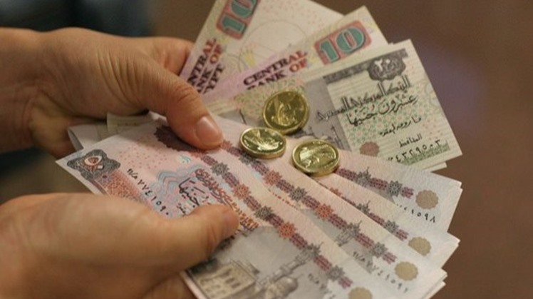 Governor of the Central Bank of Egypt (CBE) Tarek Amer said the country will print new polymer LE 10 ($0.63) and LE 20 (1.27) banknotes as planned earlier starting next year, noting that they would are not meant to cancel the original paper money.