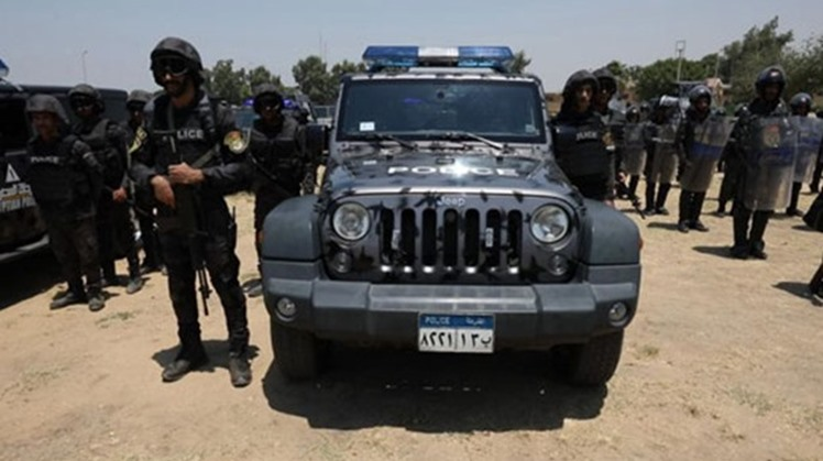 Two criminals were killed in an exchange of gunfire with the Egyptian security forces, Monday in a ride on a hideout involved in narcotic trade.