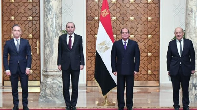 Egypt's Sisi asserts need to internationally resume Middle East peace process in meeting with FMs