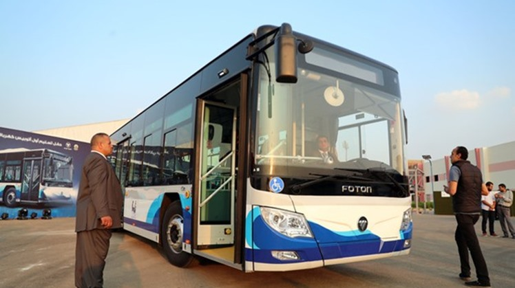 Egypt's ministers sign agreements to manufacture electric buses