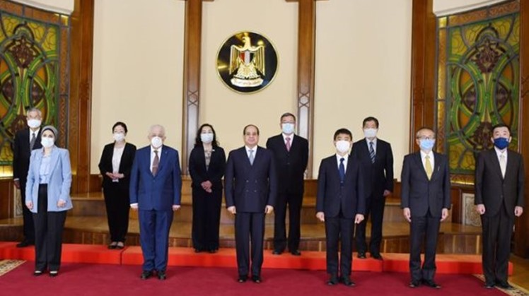 Egypt's President Abdel Fattah El-Sisi on Tuesday held a meeting with a group of Japanese experts in charge of supervising the Egypt-Japan schools system in Egypt.