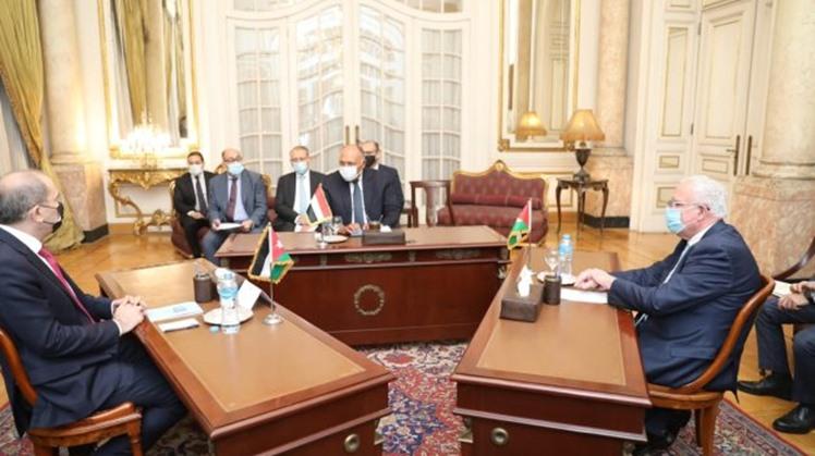 Egypt, Jordan, Palestine's FMs hold tripartite talks