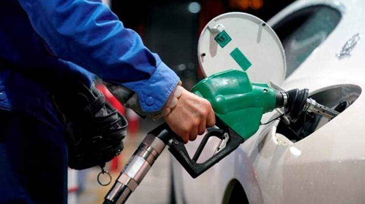 Egypt has the lowest prices of gasoline in the region, noting that the current prices cover the costs only, Spokesman for the Ministry of Petroleum Hamdy Abdel Aziz said on Sunday.